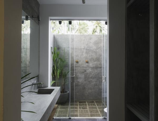 Woolamai Beach House, Thalpe, Sri Lanka - bathroom